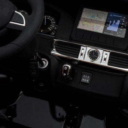 Электромобиль Lexus LX 570 4WD серебряный (легко съемный аккумулятор, 4WD, 2х местный, колеса резина, сиденье кожа, пульт, музыка)
